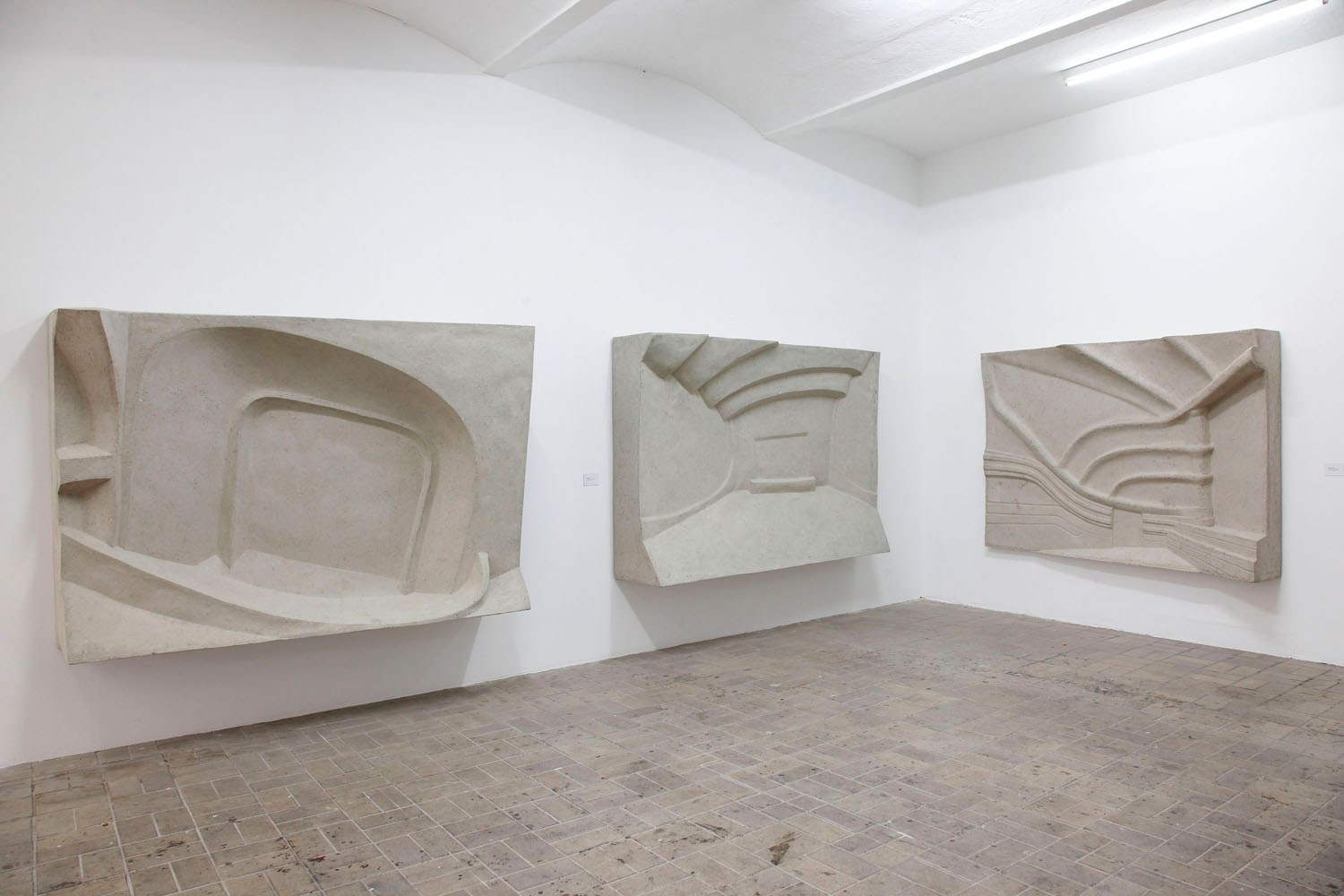 Hudson; Odeon; Les Folies-Dramatiques, ca. 150cm x 225cm x 40cm each, paper mâché, resin and aluminium, 2010, 2011<br />Installation view KW Institute for Contemporary Art, Berlin
