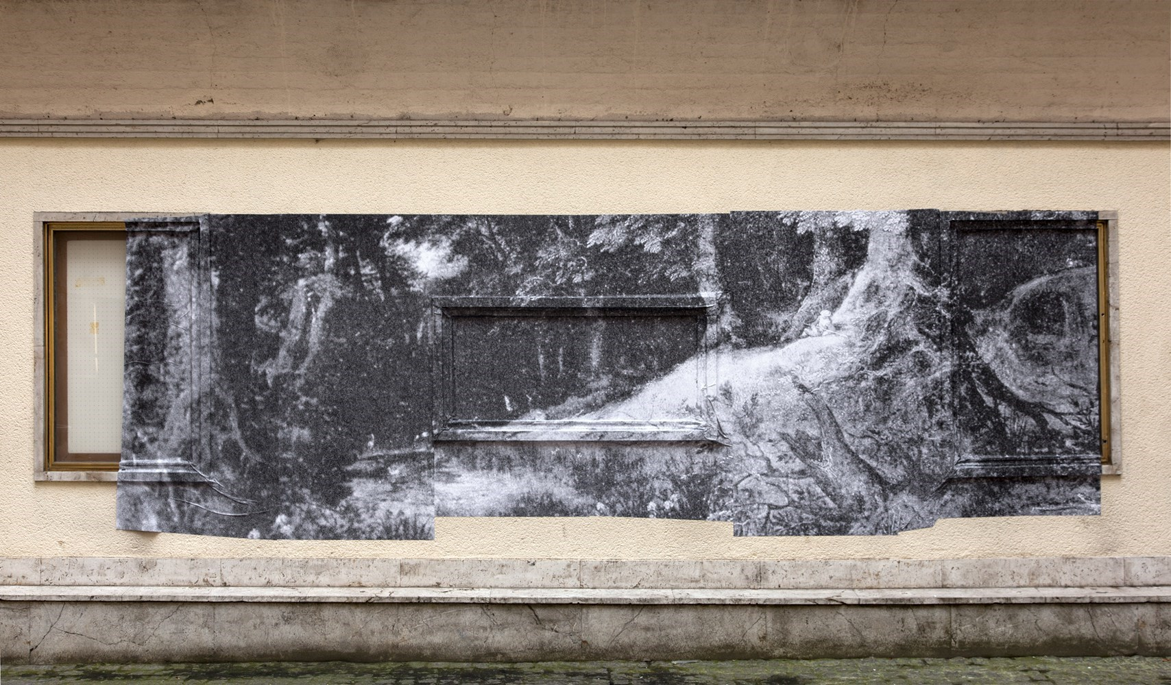 Waldlandschaft detail (Gillis van Coninxloo, 1598), black & white prints, ca. 180 cm x 500 cm, 2014<br />Installation view Motto Berlin
